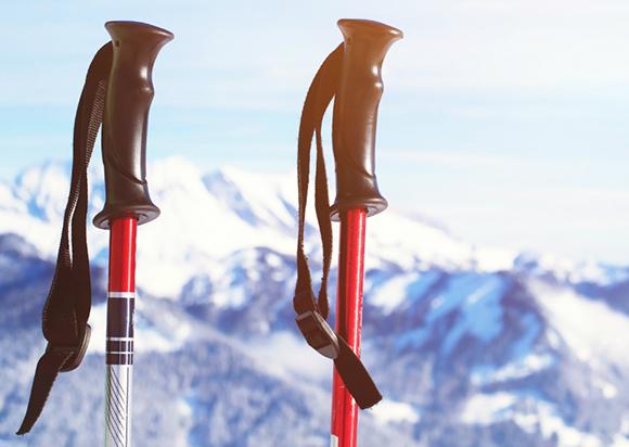正确使用登山杖是一项重要技术!